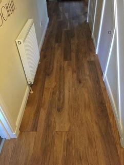 17 Toll House Gr - Laminated Floor (2)