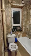Bathroom -0- Before (7)