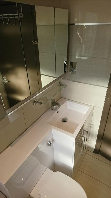 Bathroom -1- After (4)